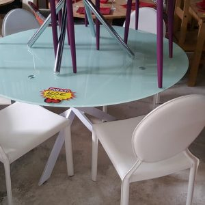NEW Glass dining table + 4 chairs 160