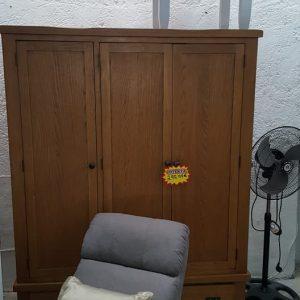 ex-display 3 door oak robe from oak furniture land 299.99