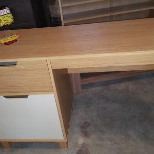 new pedestal desk oak cream 129.99