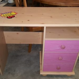 new pink pine dressing table 50€
