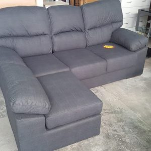 495€ 3 seater and chaise