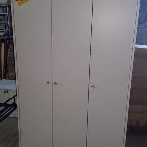3 door white robe 149.99