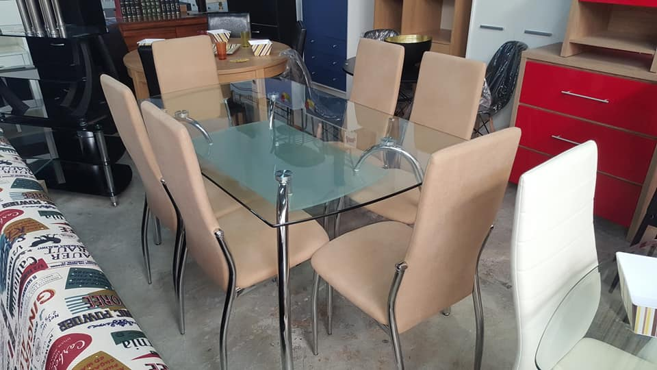 Surprising New Elegant Glass Chrome Dining Table With Beige Padded Unemploymentrelief Wooden Chair Designs For Living Room Unemploymentrelieforg